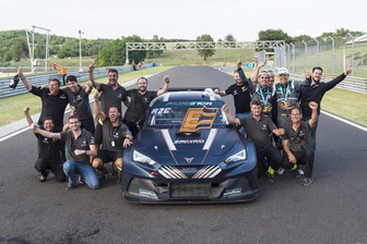 Zengő Motorsport és a CUPRA
