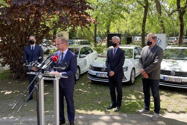 VW segitség
